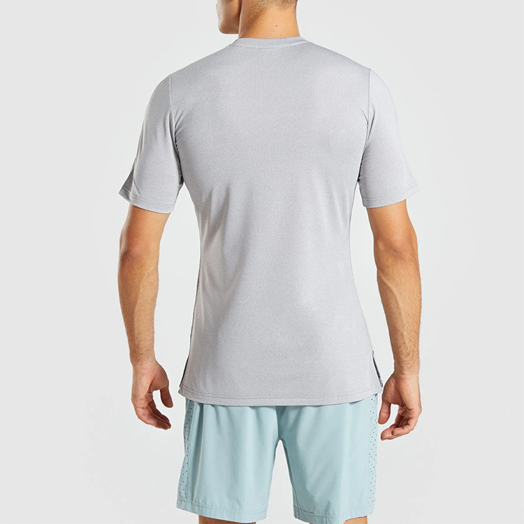 Flexible & breathable men tee